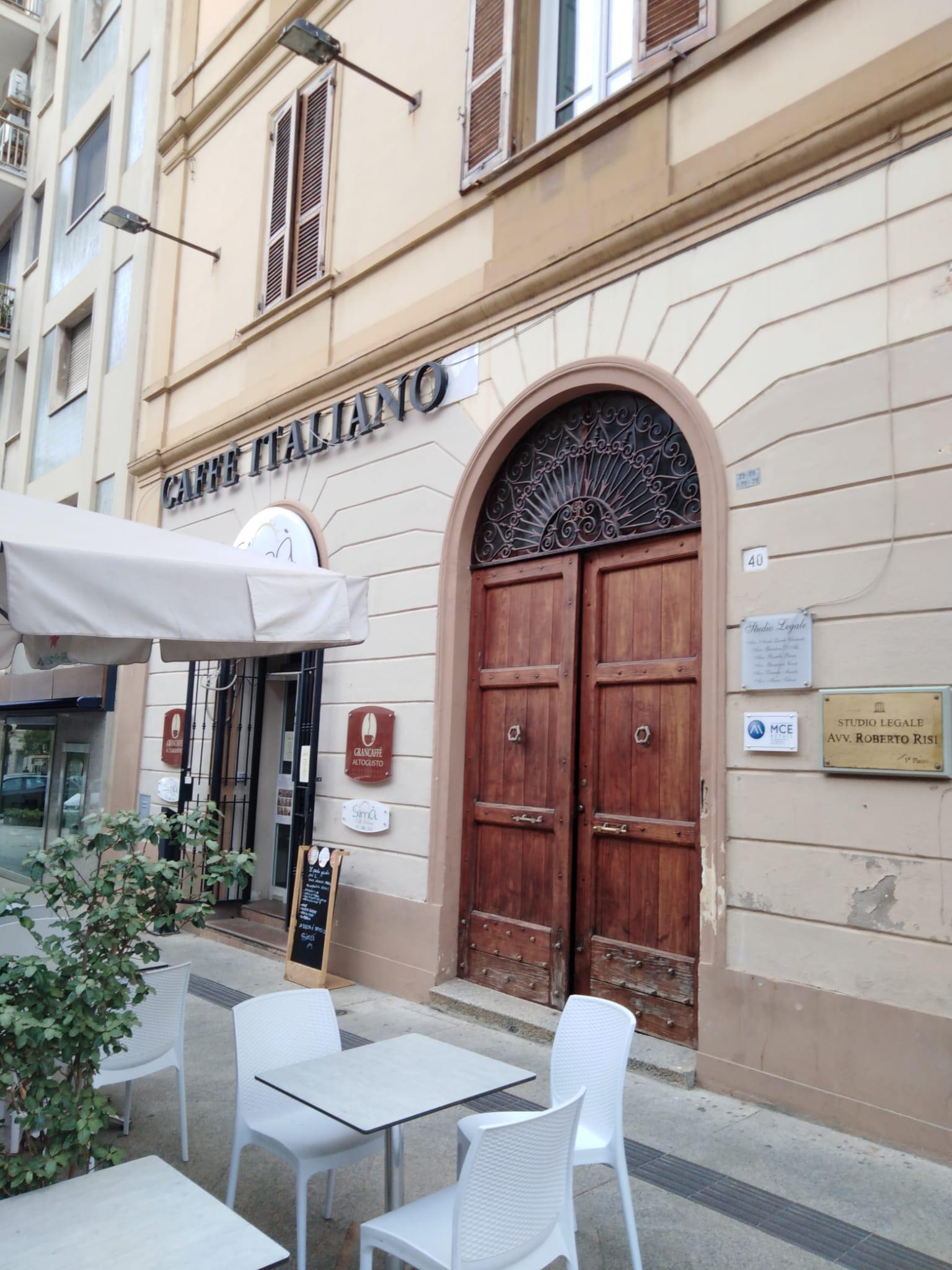 Via Roma fronte tribunale quadrilocale primo piano